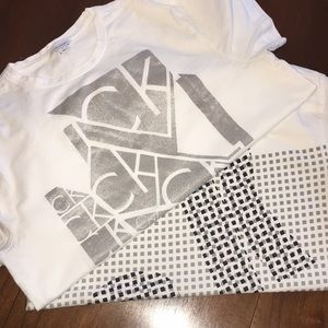 Calvin Klein graphic t-shirts